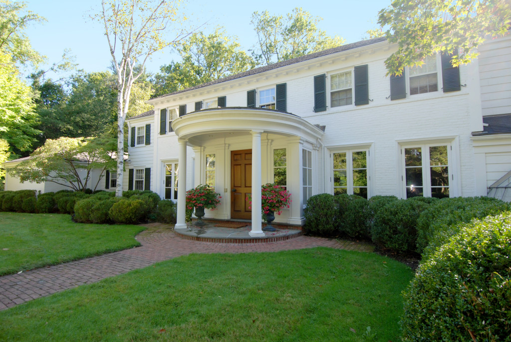 18 Sherbrooke Road, Scarsdale, NY; Sold for $7,200,000