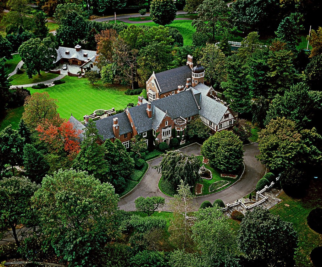 Oenoke Ridge, New Canaan, CT; Sold for $6,400,000
